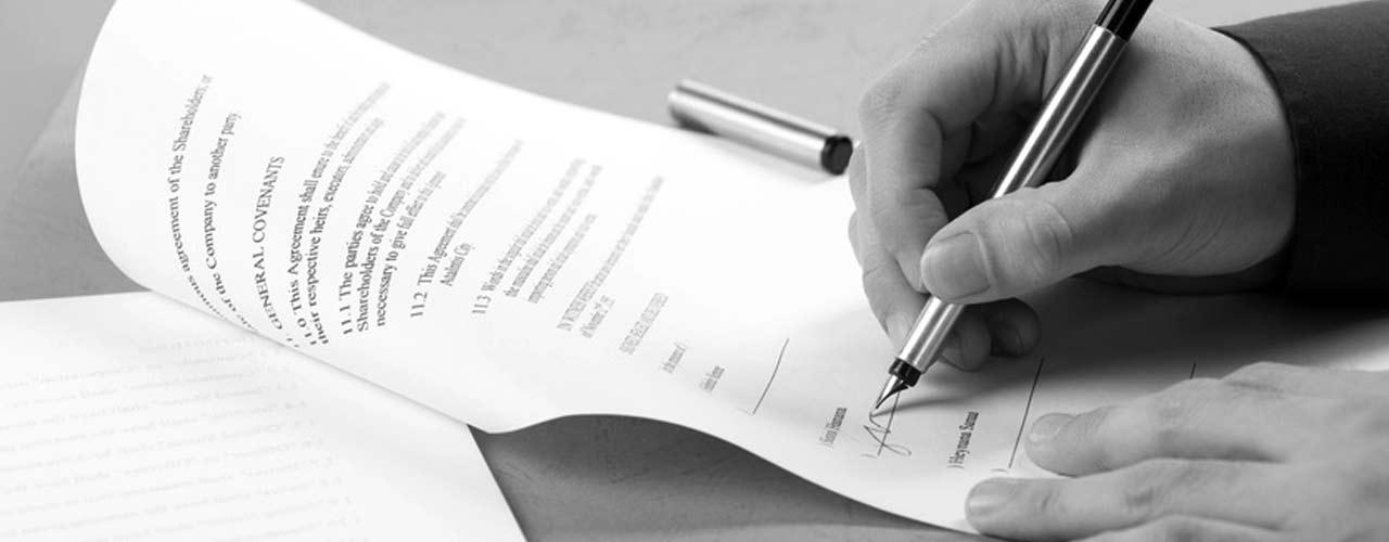 Kanzlei Doetsch Vertragsrecht Vertrag Stift